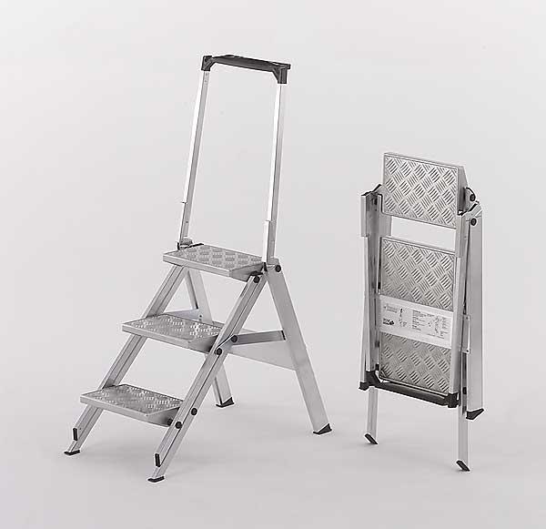 treppe klapptritt alu tritt wak little jumbo alu riffeltritt mit b gel 3 stufen. Black Bedroom Furniture Sets. Home Design Ideas